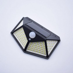 Lampa solara de exterior cu senzor de miscare